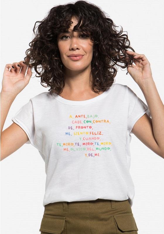 camiseta-a-ante-bajo-cabe-con-contra-de-pronto-me-siento-feliz-y-cuando-te-miro