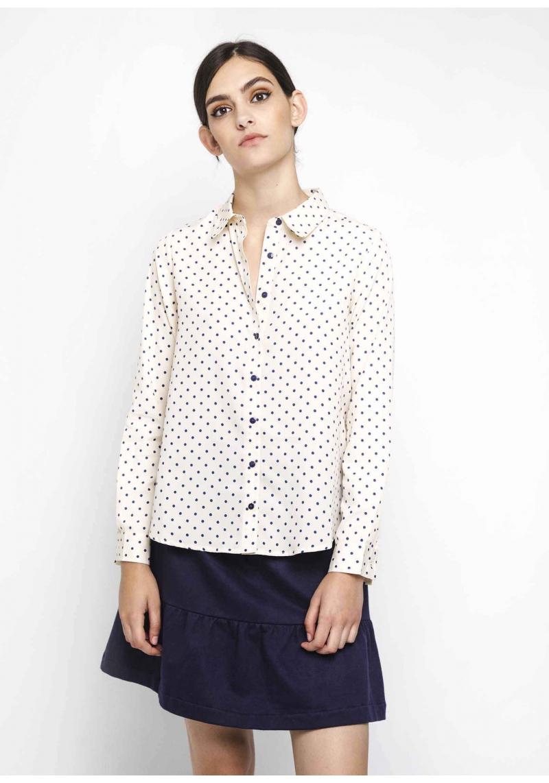 camisa-blanco-lunares-marino-entera