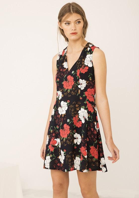 vestido-negro-estampado-flores-dumont
