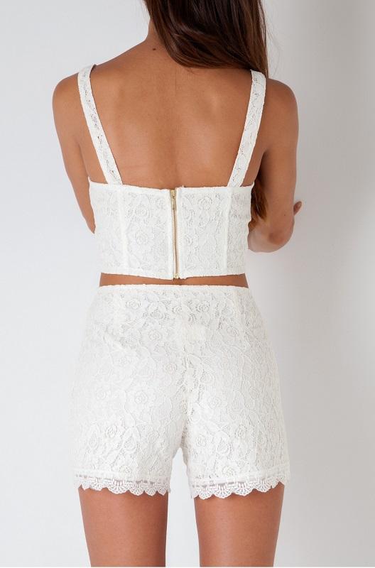 pantalones-cortos-encaje-blanco