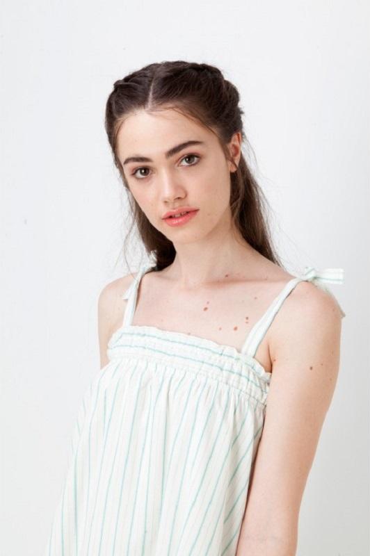 vestido-blanco-detalles-verdes