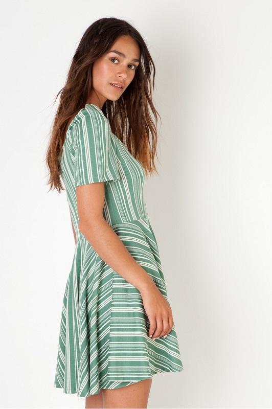 vestido-corto-skater-rayas-verdesvestido-corto-skater-rayas-verdes