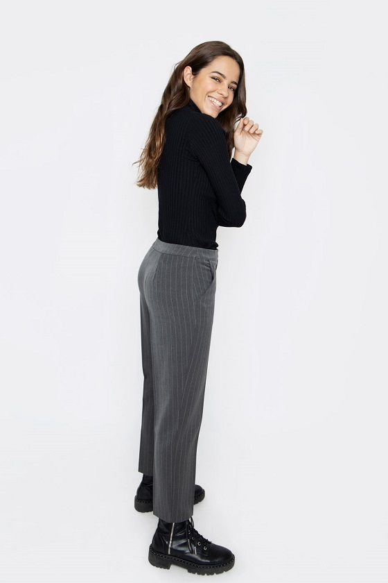 pantalones-raya-diplomatica-gris