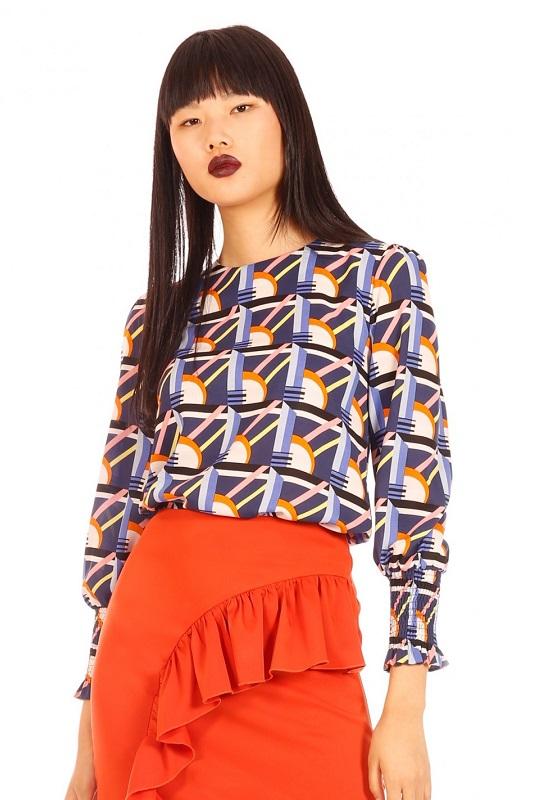 blusa-manga-larga-estampado-geometrico