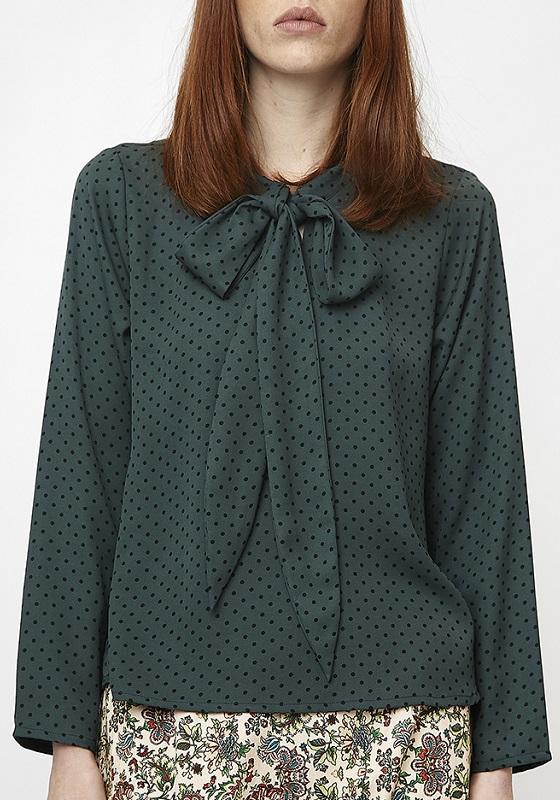blusa-verde-topos-negros-lazo