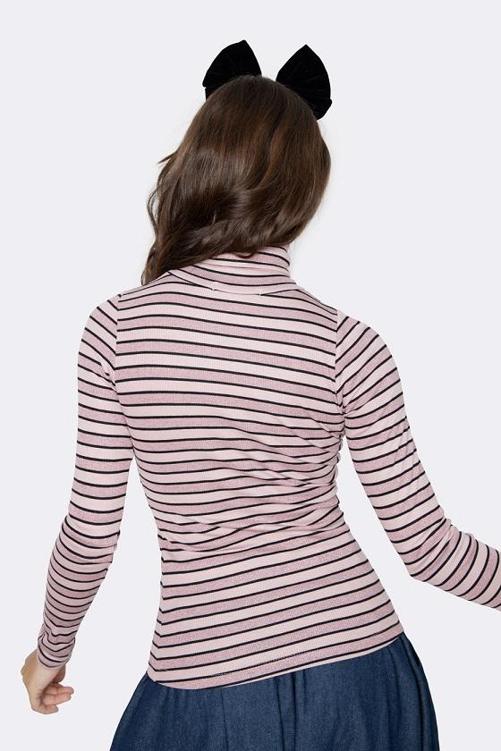 camiseta-mangas-largas-cuello-alto-rosa