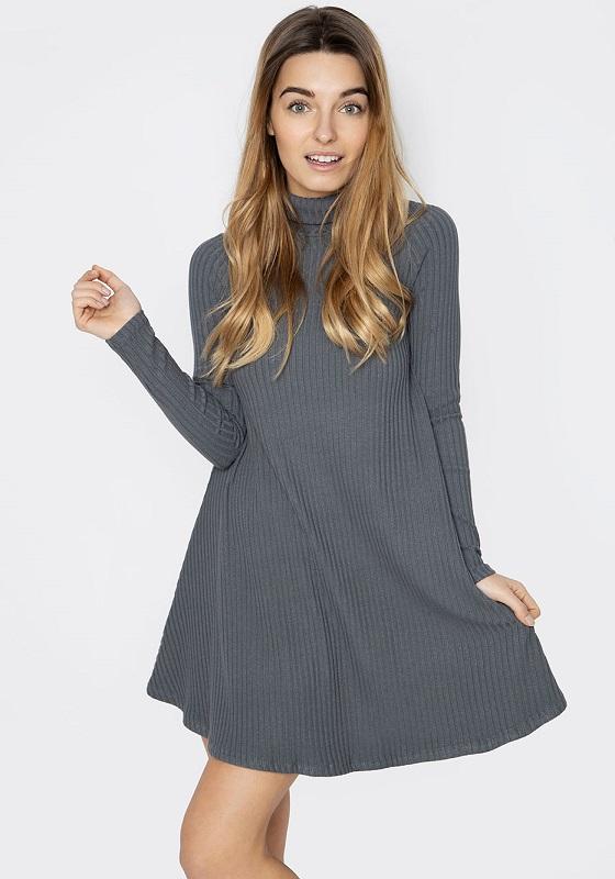 vestido-corto-gris-canale-cuello-alto