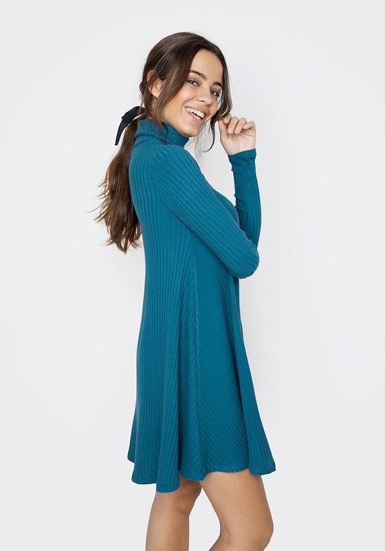 vestido-evase-azul-mangas-largas