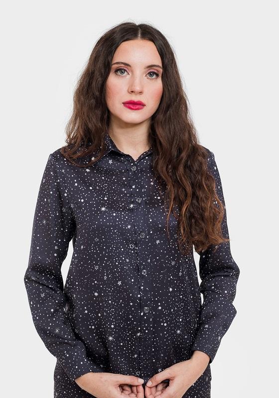 camisa-azul-estampado-estrellas