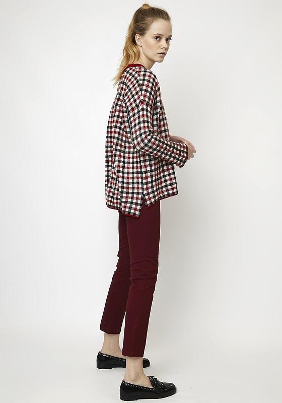 jersey-oversize-cuadros-rojo-negro
