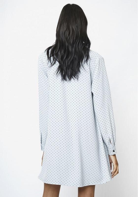 vestido-azul-topos-negros