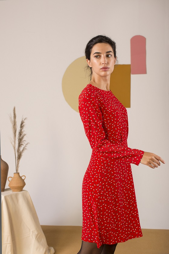 vestido-rojo-mangas-largas