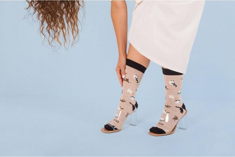 calcetines-amor-gatuno-solidarios