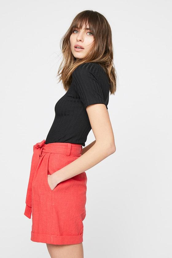 bermudas-rojas-bolsillos