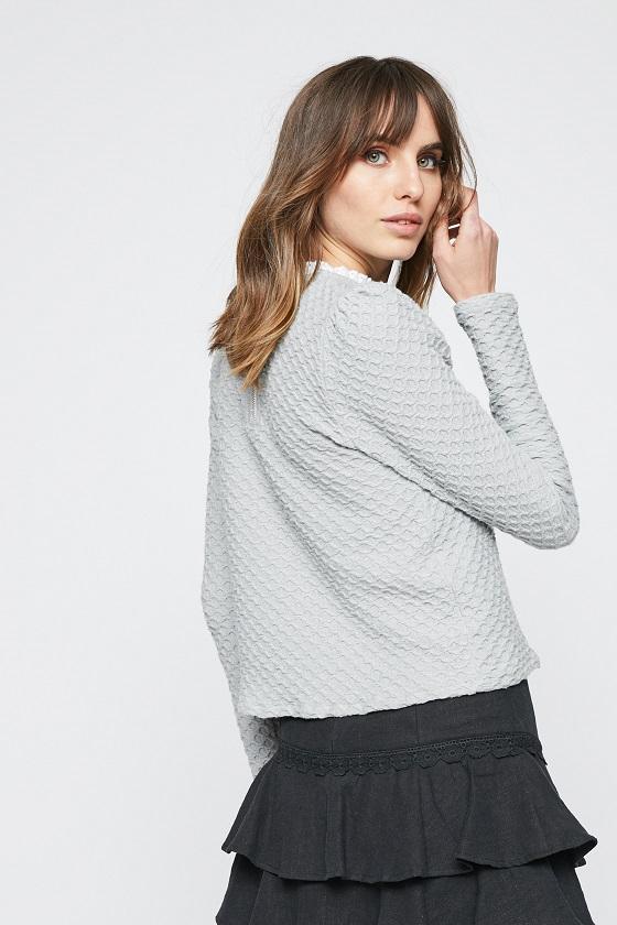 jersey-gris-dalia-cuello-decorado