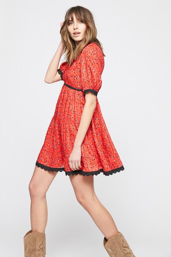 vestido-corto-rojo-mangas-cortas