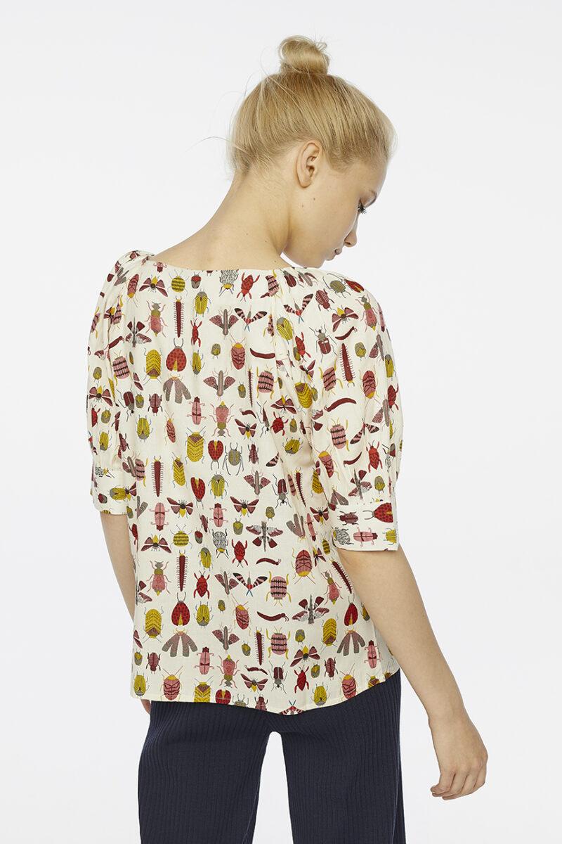 camisa-estampado-bichos