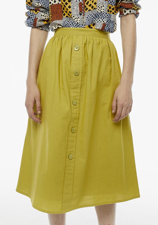 falda-midi-color-verde-oliva
