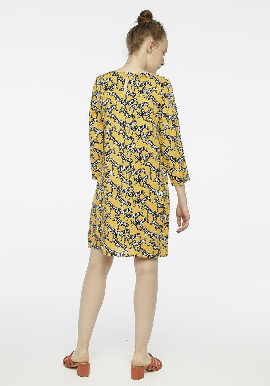 vestido-amarillo-cebras