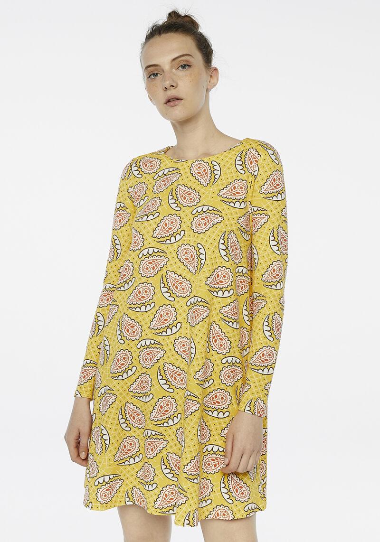 vestido-amarillo-mangas-largas
