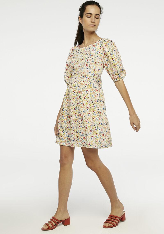 vestido-corto-estampado-colores-acuarela