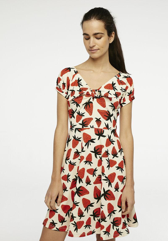 vestido-corto-fresas