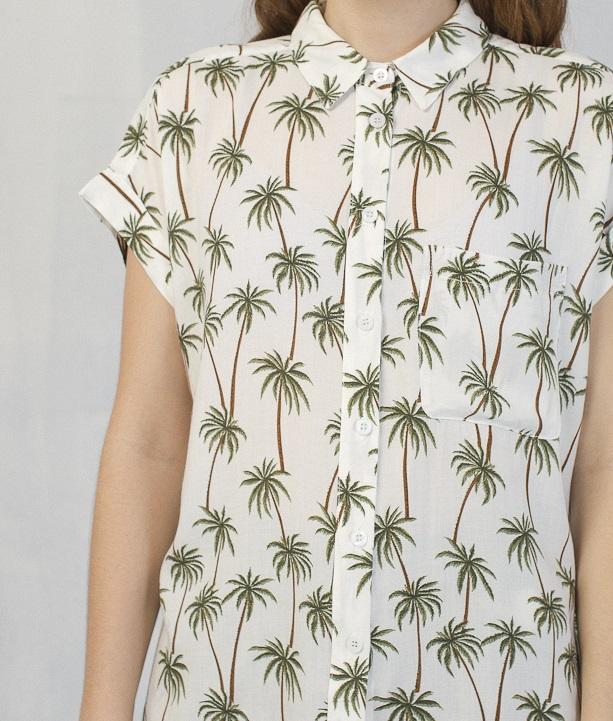 Camisa-palmeras-tropical