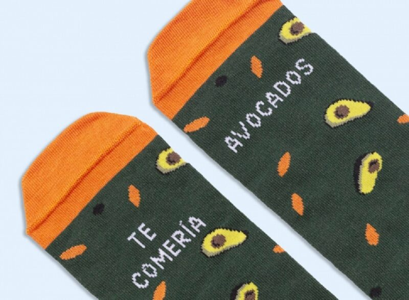 calcetines-te-comeria-avocados-frases-divertidas