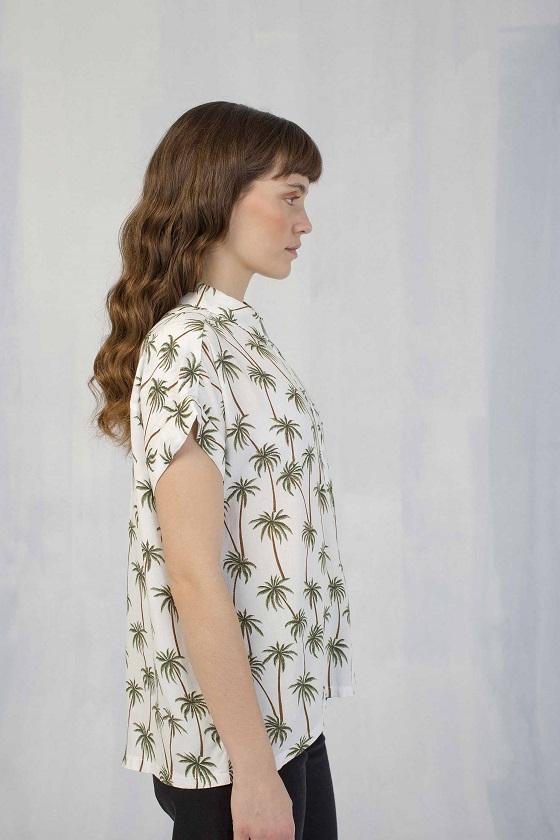 camisa-palmeras-mangas-cortas