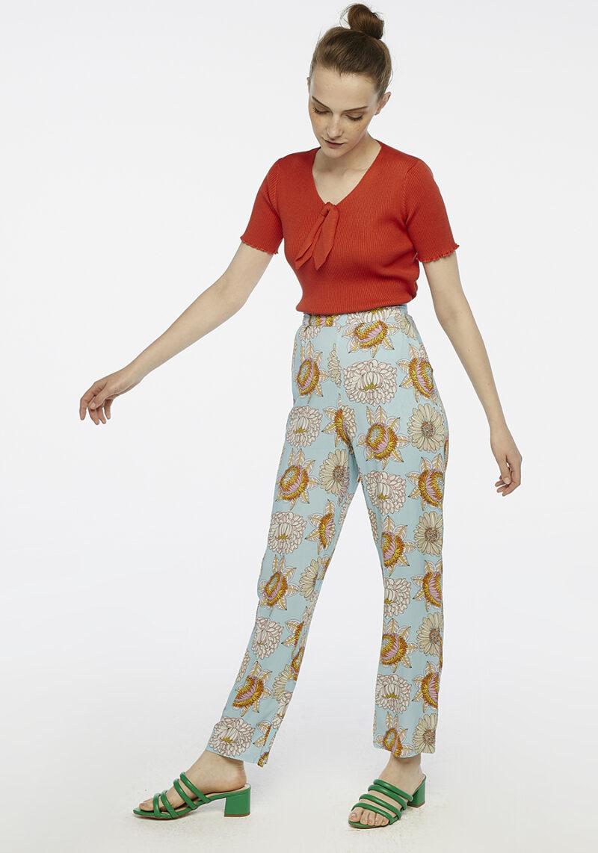 pantalones-largo-estampado-floral