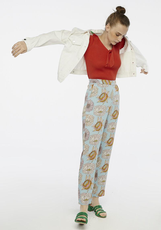 pantalones-largos-celeste