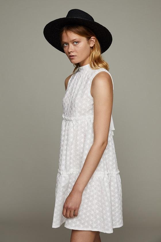 vestido-betsy-blanco-bordado