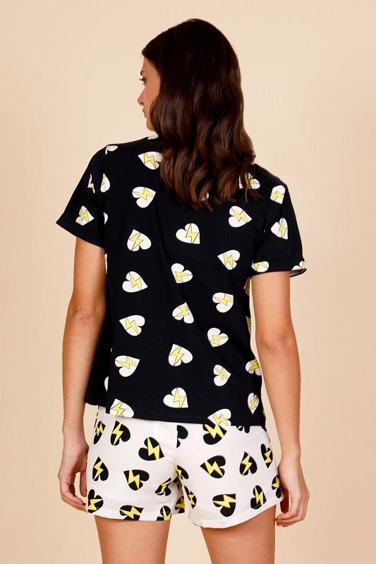 camiseta-luisa-corazones