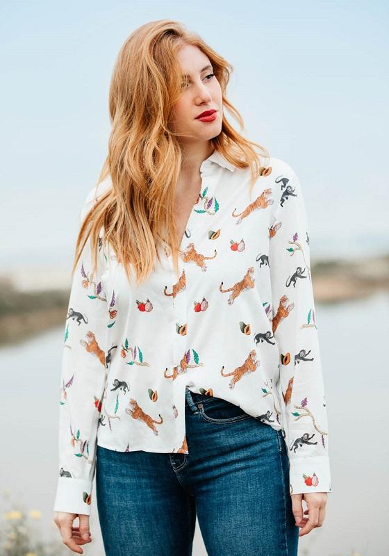 camisa-blanca-estampado-tigres