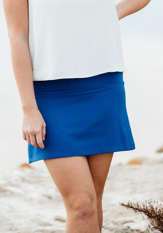falda-corta-lisa-azul-electrico