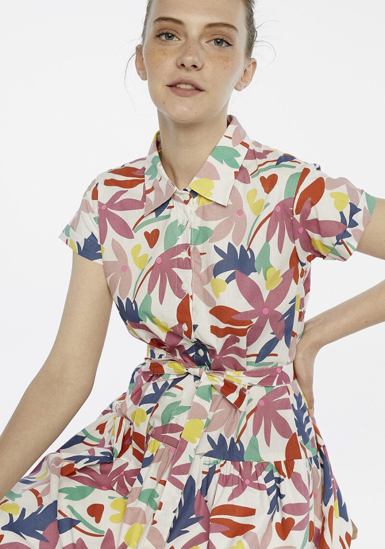 vestido-mangas-cortas-estampado-flores