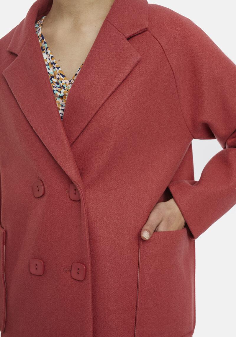 abrigo-rosa-carney