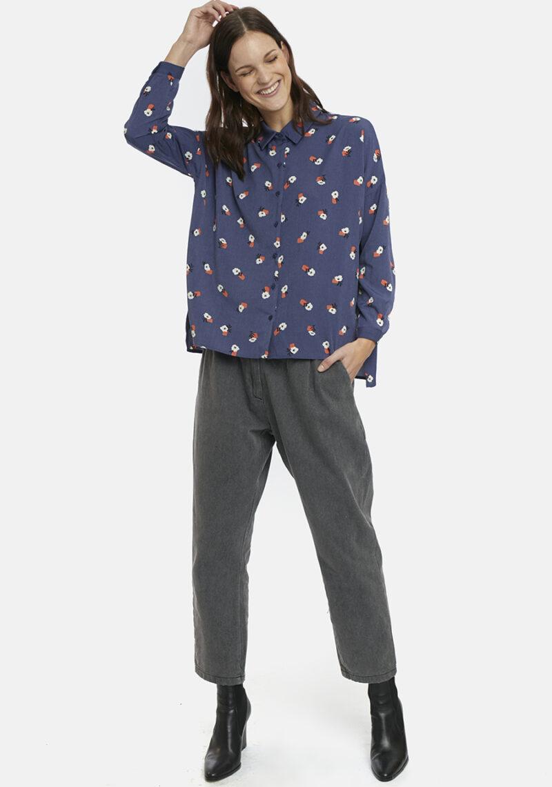 camisa-azul-estampado-dflores-caviana