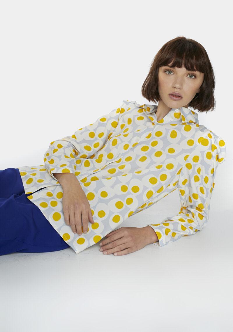 camisa-estampada-huevos-cocidos