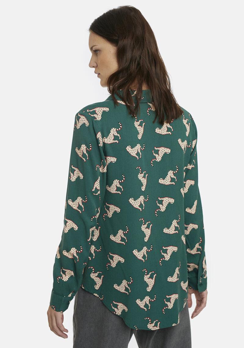 camisa-verde-cheeta-compañia-fantastica