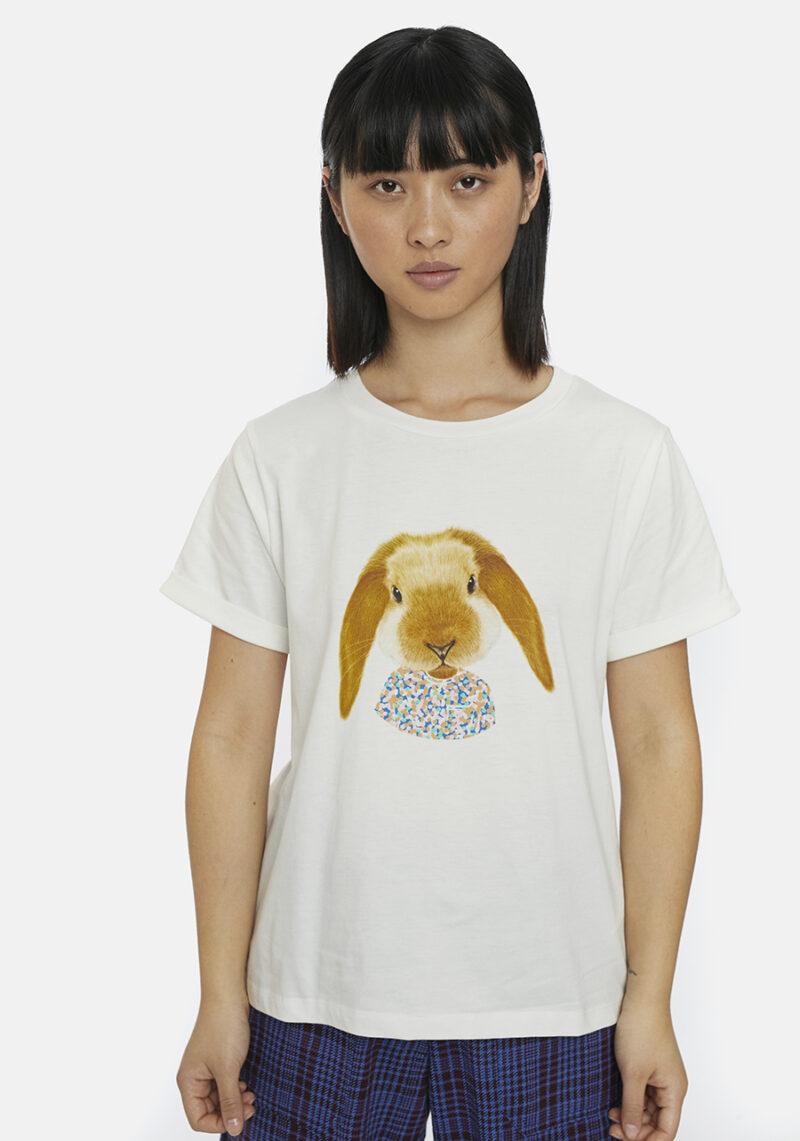 camiseta-blanca-conejo-estampado