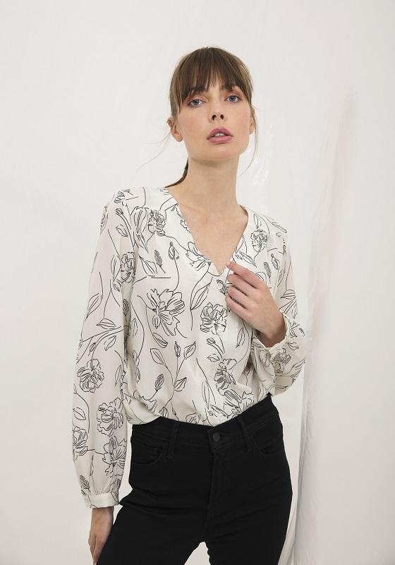 camisa-blanca-estampado-floral-deva