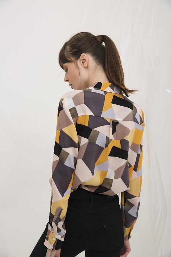 camisa-estampado-geometrico-lara