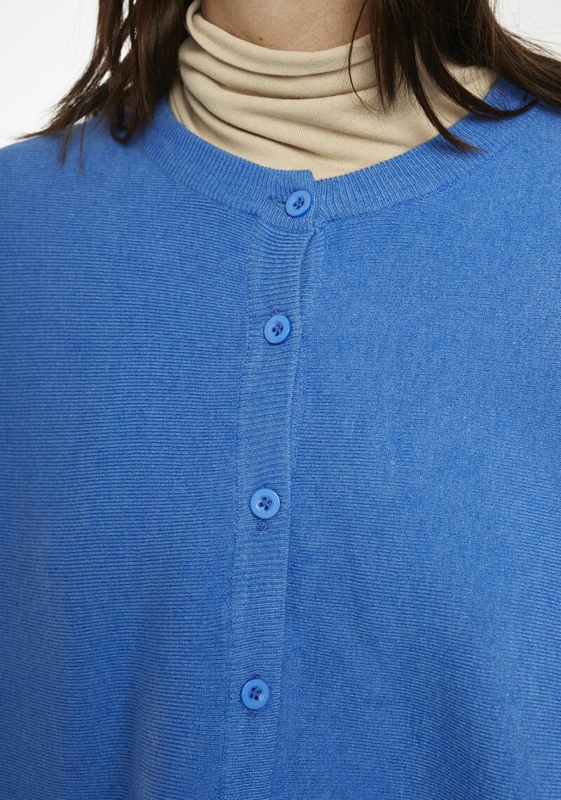 chaqueta-punto-azul-tipo-capa