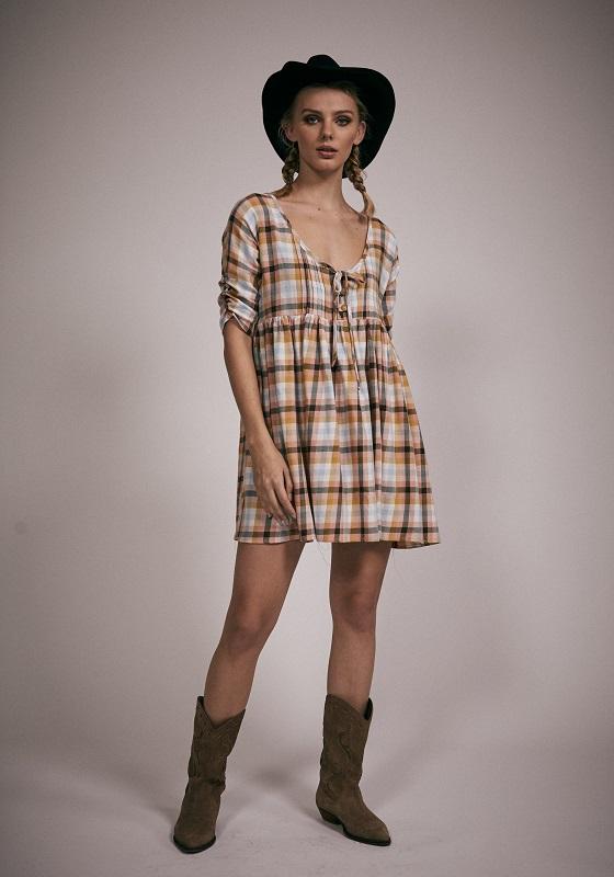 vestido-mangas-francesas-cuadros