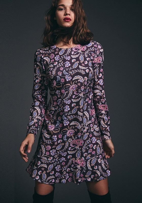 vestido-corto-estampado-borgoña-belinda