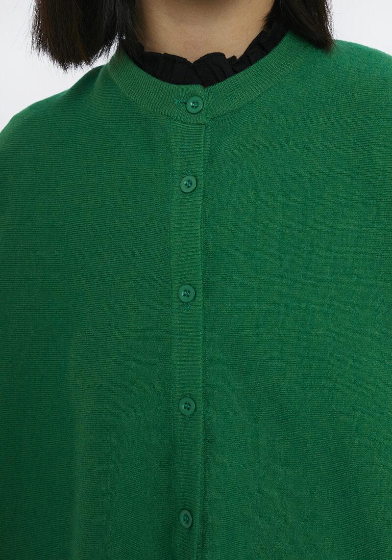 chaqueta-verde-cuello-redondo