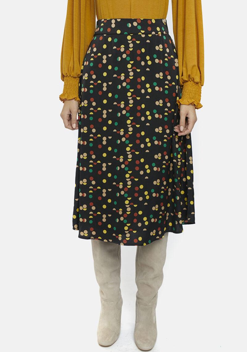 falda-midi-negra-lunares-colores