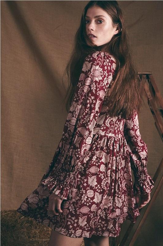 vestido-corto-escote-pico-celine