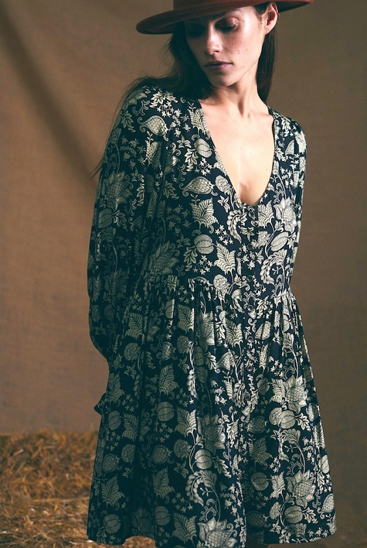 vestido-negro-estampado-vintage-celine
